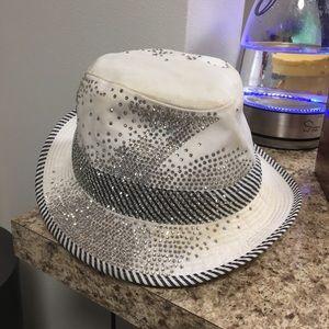 •LOW PRICE AS IS• $5k RETAIL HERMÈS VINTAGE HAT